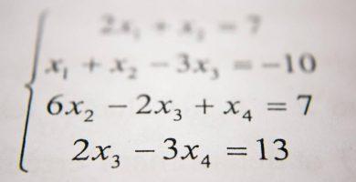 profesor-de-matematicas - matematicas de cuarto grado 390x200