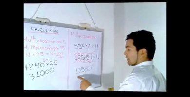 profesor-de-matematicas - maxresdefault 1 390x200